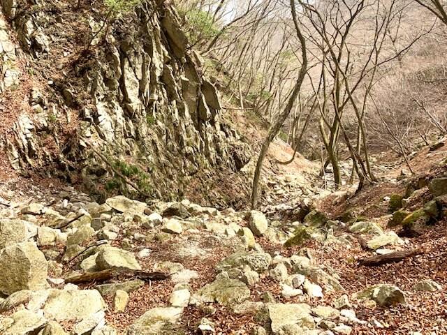 鎌ヶ岳の長石谷ルート