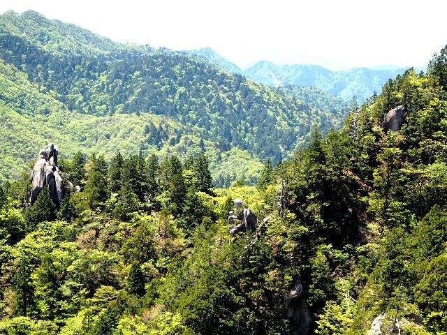 御在所岳:一ノ谷新道の奇岩