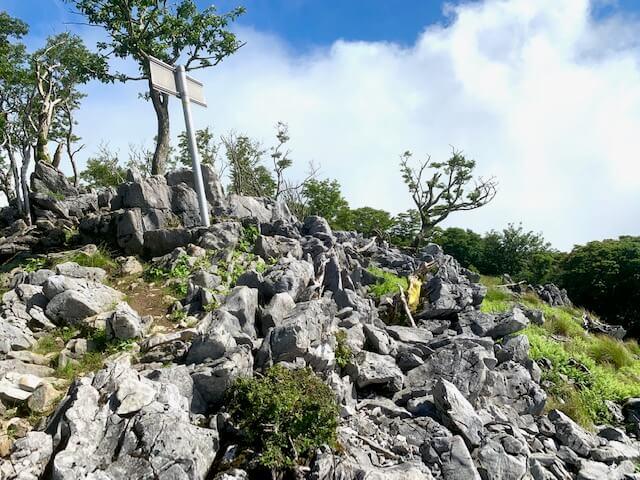 藤原岳の天狗岩